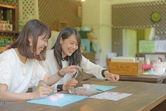 【最大200円割引】アカオハーブ&ローズガーデンWEBチケット(入園+ハーブ石けん手作り体験)