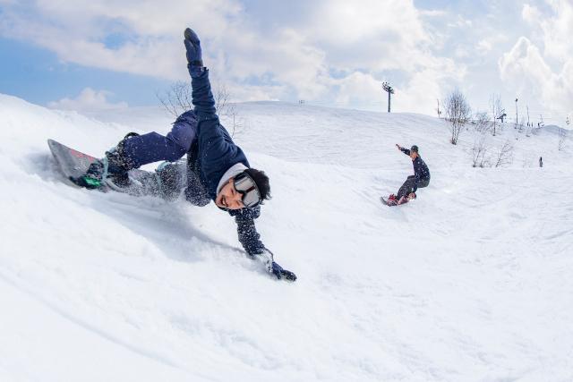 【平日学割・1000円割引】石打丸山スキー場 ランチパック(リフト1日券+ランチ券)※翌日以降利用可