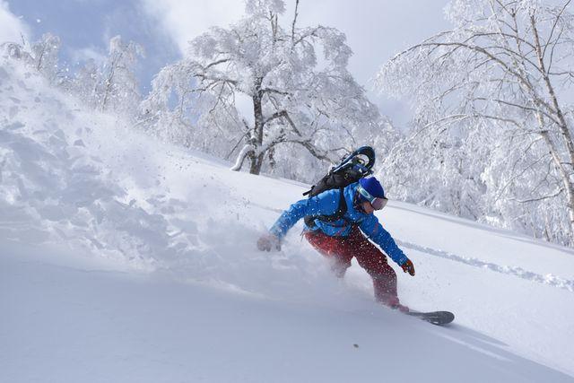 手ぶらパック4時間(4時間券+スキー3点セットorスノーボード2点セット4時間レンタル)