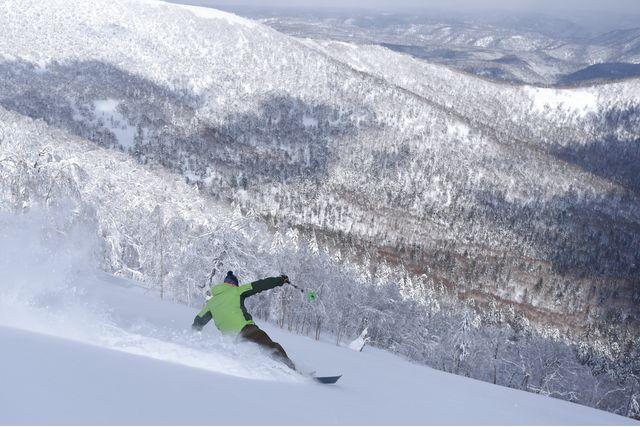【2021/3/8~利用可能】春スキーランチパック1日(1日券+ランチ)