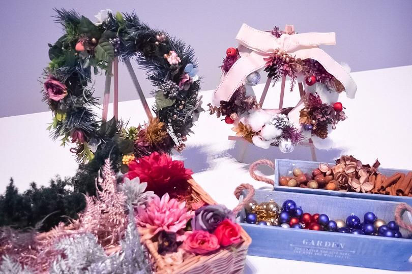 【WEB予約でお得☆】自分だけのオリジナル!好きなデコレーションを選べる手作りクリスマスリース体験♪